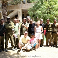 14-08-01-sannikovsland-visit-soldiers-sderot-1
